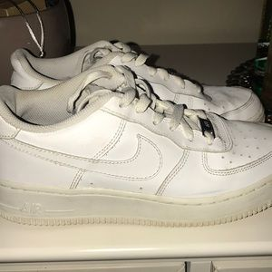 Used Air Force Ones 07' Low